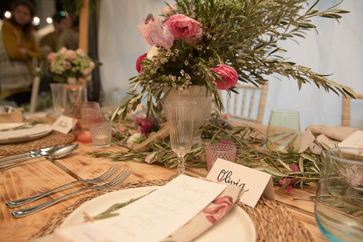 decoracion mesa con olivo