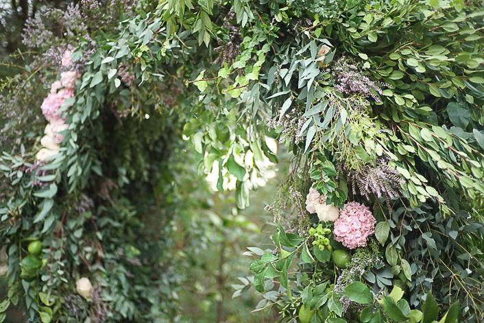arco-boda-verde-bosque